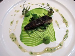 Roganic - Seawater cured Kentish mackerel, orache, broccoli and warm elderflower honey
